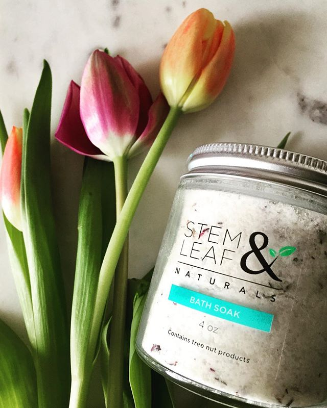 Hello May🌷  #organicskincare #smallbatch #smallbusiness #shopsmall #shoplocal #naturalbeauty #naturalbeautyproducts #greenbeauty #greenskincare #greenbeautyblog #greenbeautyblogger #naturalbeautyblogger #organicbeautyblog #organicbeautyblogger #femaleowned #femaleentrepreneur #womeninbusiness #organicskincare #naturalskincare #naturalskincareproducts #allnatural #ecobeauty #ecoskincare #ecoskin #greenskin #spring #bathsoak #rose