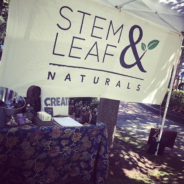 We're open! Come by Central Flea at University Park until 6pm today. #newenglandopenmarkets #centralfleamarket #centralfleacambridge #organicskincare #smallbatch #smallbusiness #shopsmall #shoplocal #naturalbeauty #naturalbeautyproducts #greenbeauty #greenskincare #greenbeautyblog #greenbeautyblogger #naturalbeautyblogger #organicbeautyblog #organicbeautyblogger #femaleowned #femaleentrepreneur #womeninbusiness #organicskincare #naturalskincare #naturalskincareproducts #allnatural #ecobeauty #ecoskincare #ecoskin #greenskin