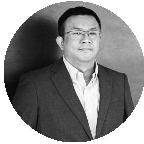 Raymond Chen - サプライチェーン・ディレクターグローバル企業のサプライチェーン管理のスペシャリストASUS 社における新製品導入のシニアマネージャーなどを歴任