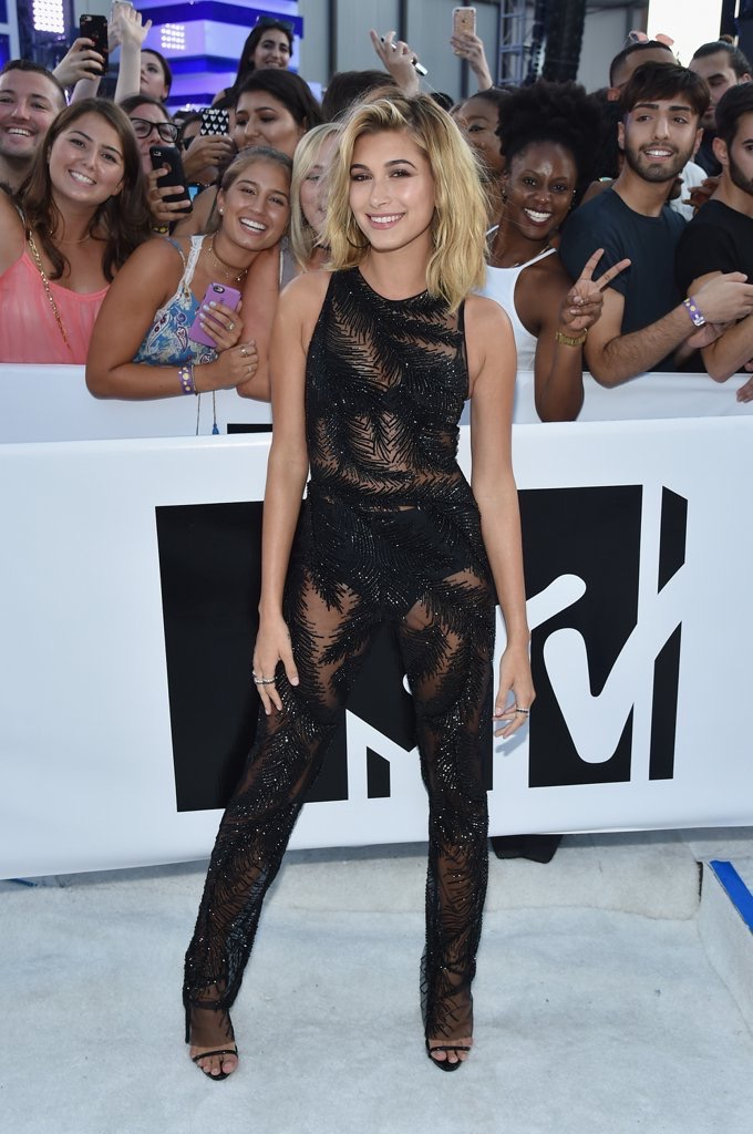 hailey baldwin 2016 mtv vmas