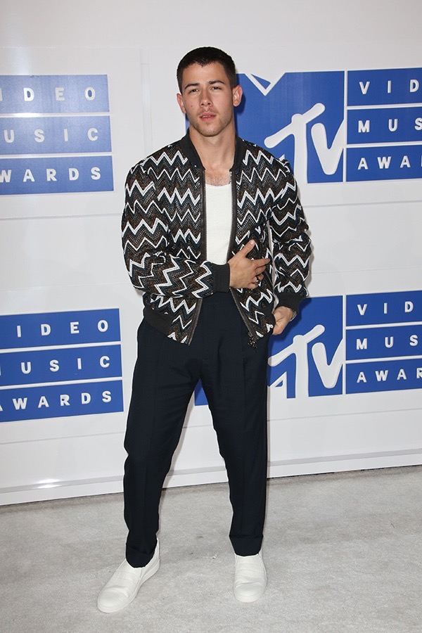 nick-jonas-2016-mtv-vmas