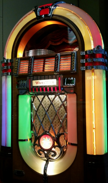 Such a beautiful jukebox! On display at  Missouri History Museum , St. Louis.