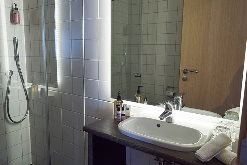 Double Room 2.jpg