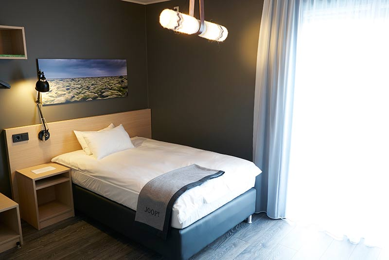 Single Room 1.jpg