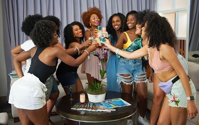 When women werk together, the world is ours! • One of our fave brands @curls took 30 boss women to the Dominican Republic to empower the community and join hands with local influencers! The result was MAGICAL! Make sure to check out their new Cashmere and Caviar Collection in a Target near you! #CURLSintheDR #sponsored