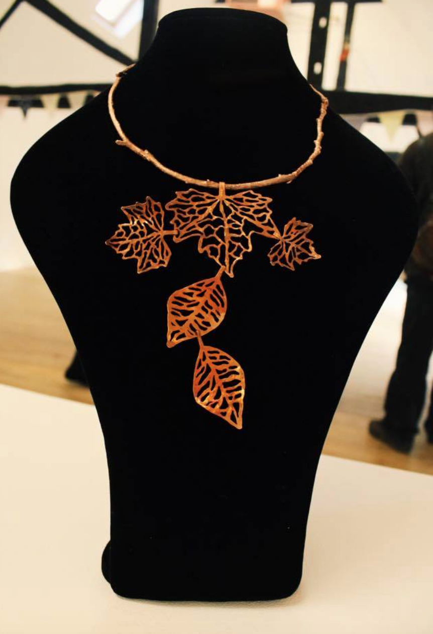 Falling Leaves Necklace - Copper. Photo by: Jacqueline Almeida.