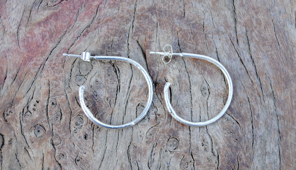 Reticulated Circle Hoop Earrings £30.