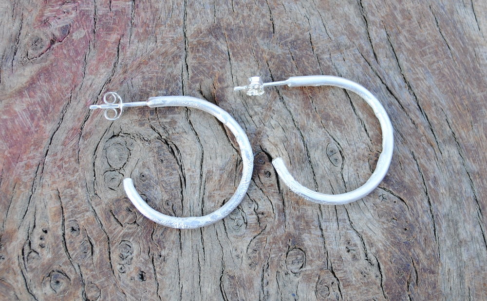 Chunky Reticulated Circle Hoop Earrings £35