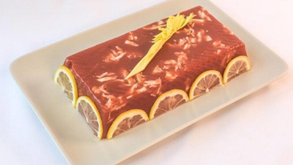 Crab and tomato aspic.