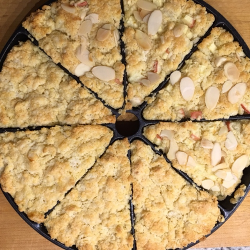 APPLE ALMOND SCONES