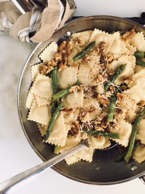 Ravioli with Walnuts, Spinach and Asparagus