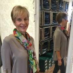 I am recommending a consultation with Hilary to all my girlfriends! Clothes shopping has become simpler and more enjoyable. Louise (Milton Keynes)