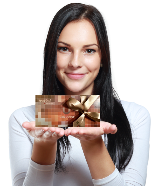 Beautiful-surprised-woman-holding-gift-000017644649_Full kopie.jpg