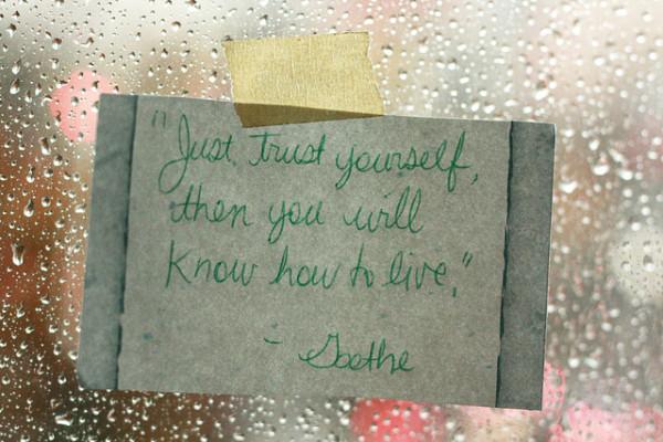 inspiring note on window