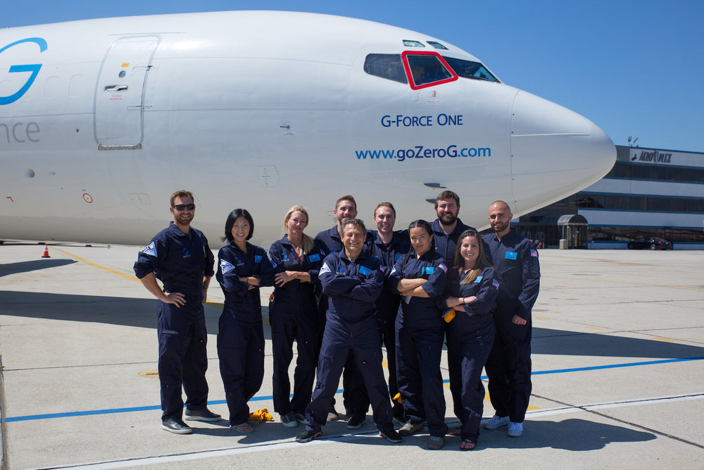 team-in-front-of-zerog-plane_mini.jpg