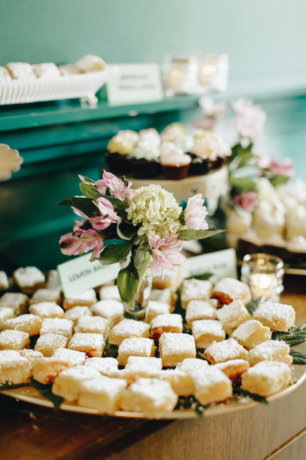 lemon bar wedding dessert.jpg