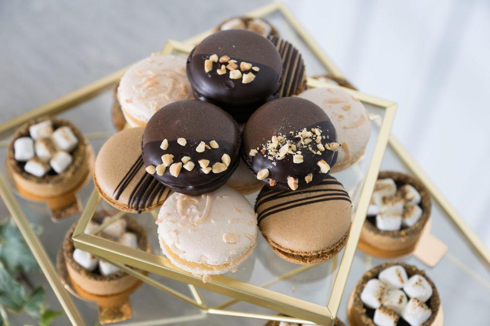 macaron wedding desserts.jpg