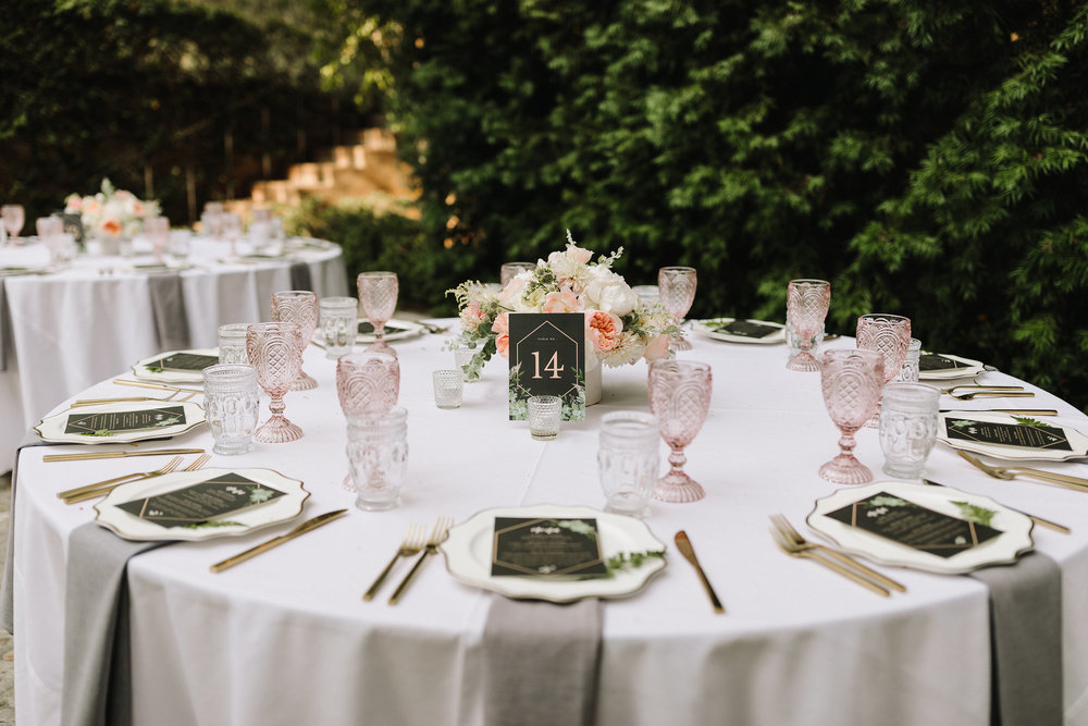 classic blush wedding table.jpg