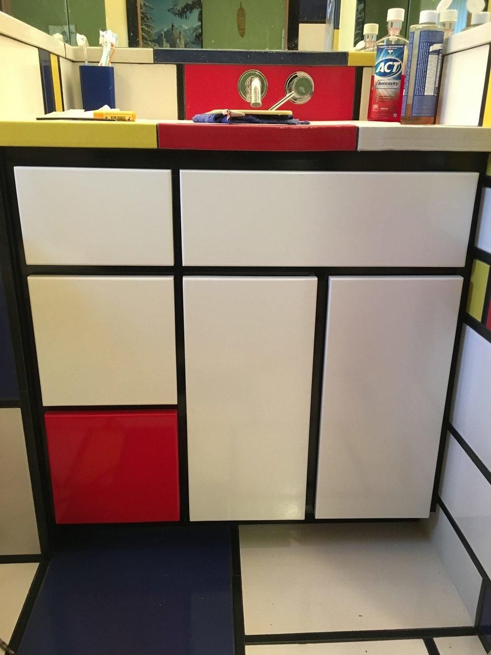 Mondrian Cabinet3.jpg