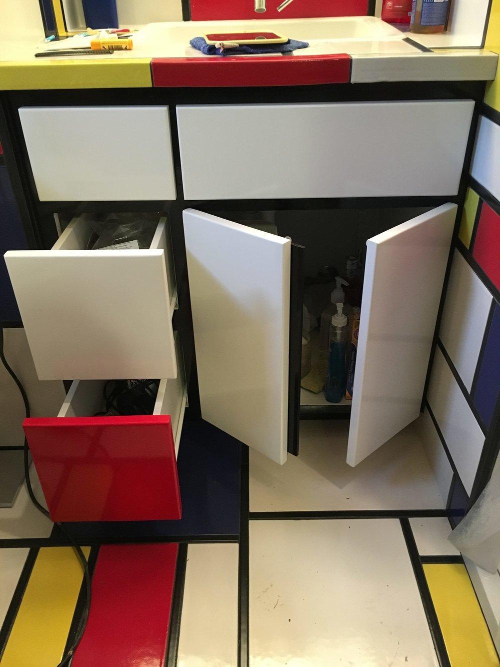 Mondrian Cabinet4.jpg