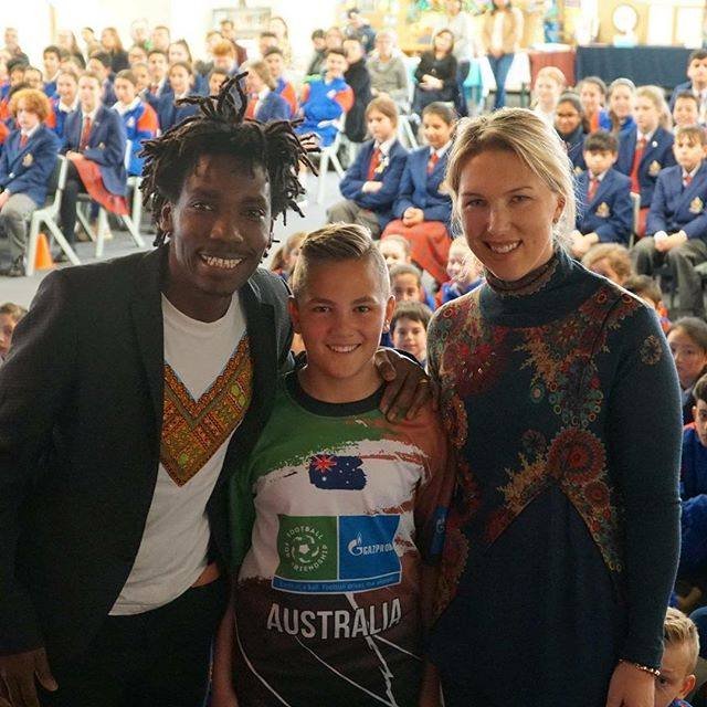 Last week Emanuel Saakai attended a presentation at Overnewton Anglican Community College with Noah Borg and Nikki Little to present to over 350 students about the @footballforfriendship program that they recently attended in Moscow. It was a great opportunity for Noah to share this once in a lifetime experience with his peers and there was so much excitement and applause in the room. Thanks to Nikki and Noah for spreading the #F4F messages and values in Australia. Lengo is grateful to be part of this journey. 📸 @footballmusicculture  #F4F #LengoinRussia2018 #ScoringGoalsforLife #footballmelbourne #powerofsport #LengoFootballAcademy #worldcup2018