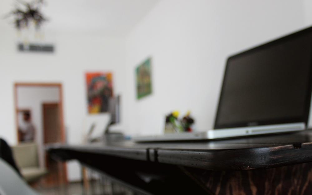 Redacción - Hacemos textos comerciales y creativos, desde guiones para videos hasta artículos para blogs… ¡escribir es lo nuestro!