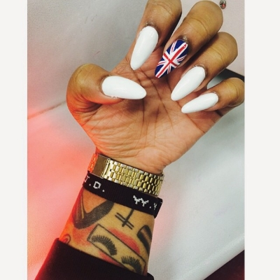 6 CURRENT NAIL TRENDS YOU CAN'T LIVE WITHOUT. By   Pepper B