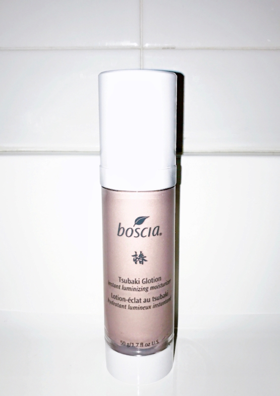 I give this 4 stars, not the most intense hydration for my severely parched skin but still great enough for a spot on my Top Shelf, for everyday use.