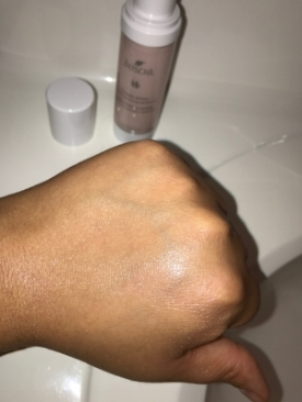 ... and an after swatch. It leaves a nice, moisturizing, dewy sheen.