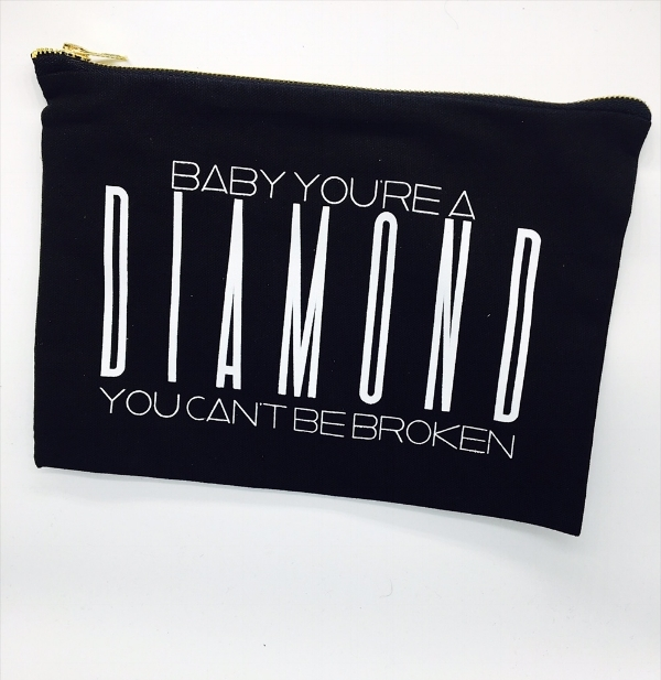 @OOHKAYLA 6th Day Giveaway - Diamond Make-Up Bag & Floss Gloss In Gangsta Boo.