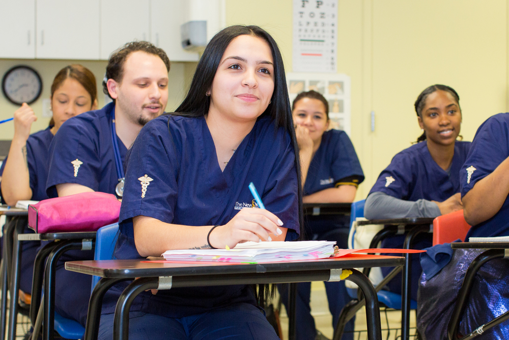 nysmda medical students from the bronx, manhattan, queens and brooklyn attending classes, and earning their Medical Assistant Associate Degree by attending nysmda's medical assistant prOgrams at our queens campus which is easily accessible to students coming from all five new york, ny boroughs.