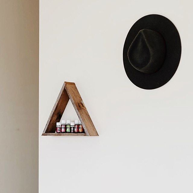 @missicalvert showing us essential oil storage done right! Clever use of one of our reclaimed wood triangles shelves 👌🏼 we are planning the next shop update and want to know what you want to see! triangle shelf combos, hexagon shelf combos, triangles and hexagons together...throw some arrows and mountains range shelves for mix? Lemme know below friends
