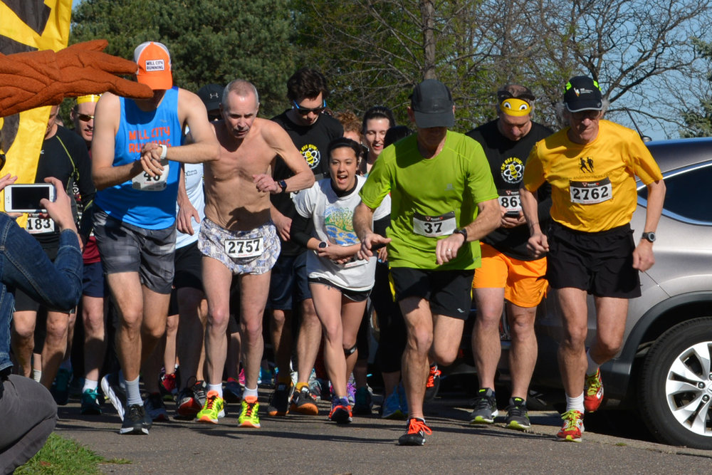 Our flagship event, the 5K Bee Run™ – Fun Run/Walk/River Cleanup, draws hundreds of participants to the Mississippi River each year. Learn more.