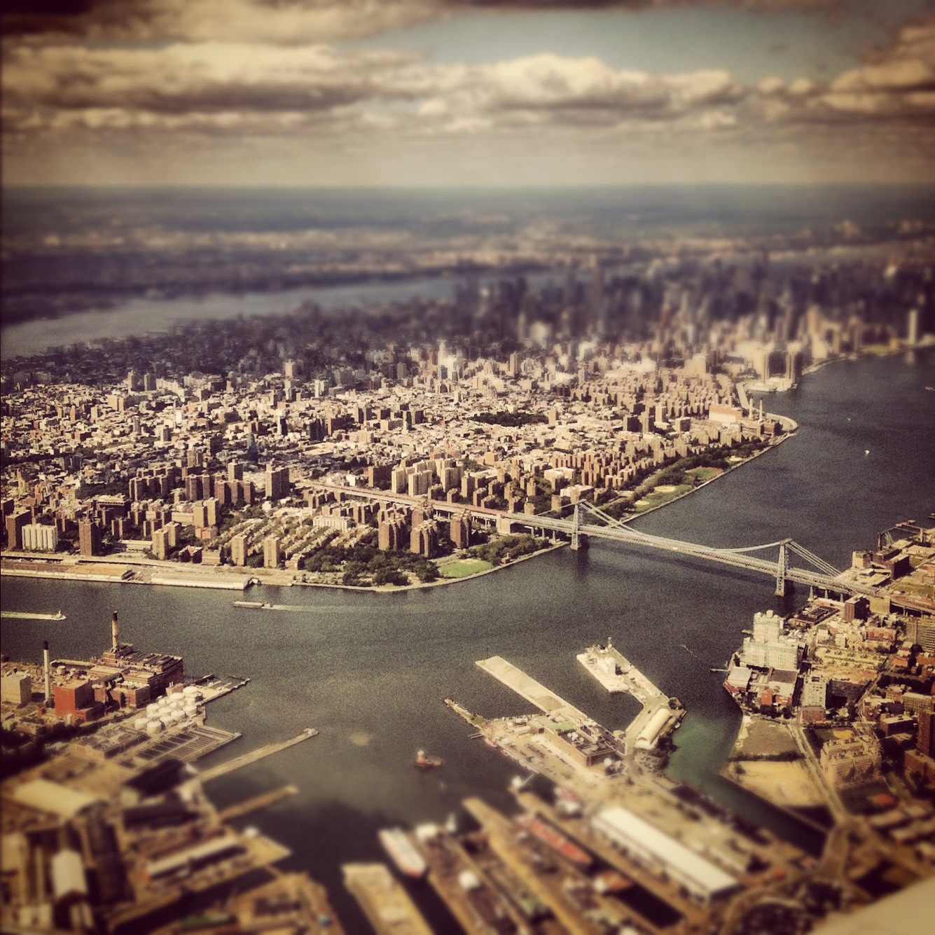 skyline photo, manhattan, nyc, new york city, instagram photo, tiltshift