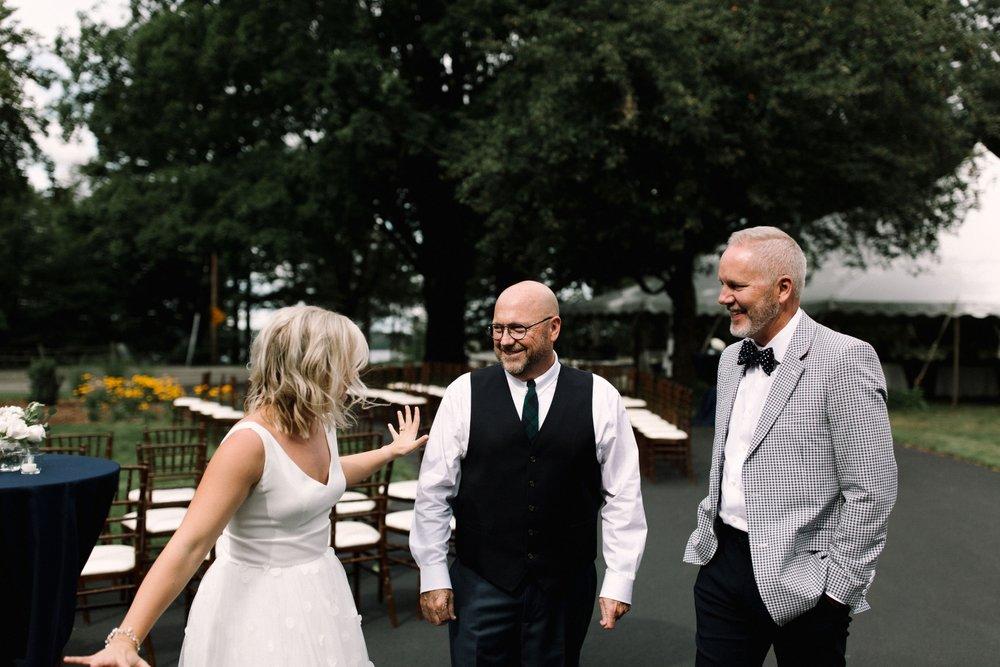 Michigan Frontyard Lake Wedding - Lauren Crawford Photography-427.jpg