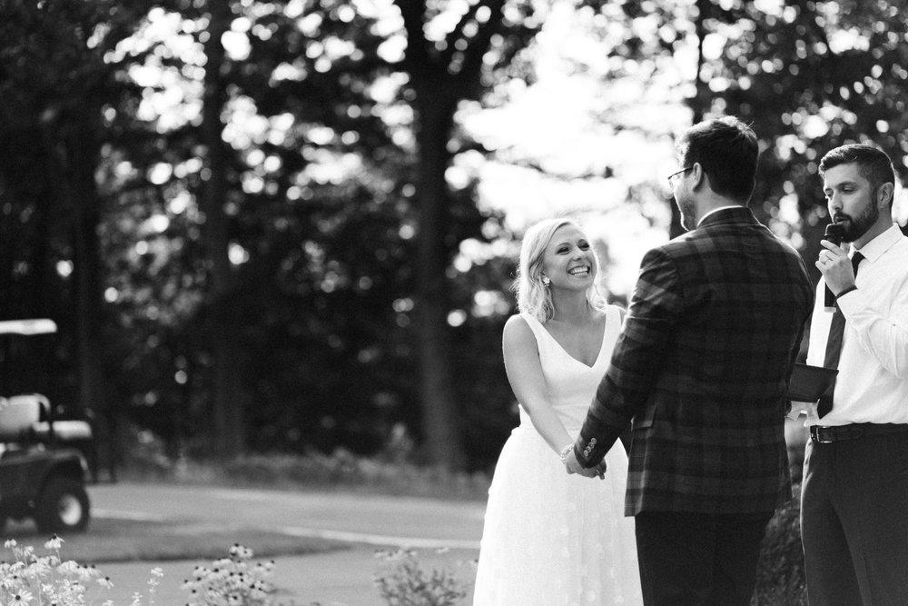 Michigan Frontyard Lake Wedding - Lauren Crawford Photography-581.jpg