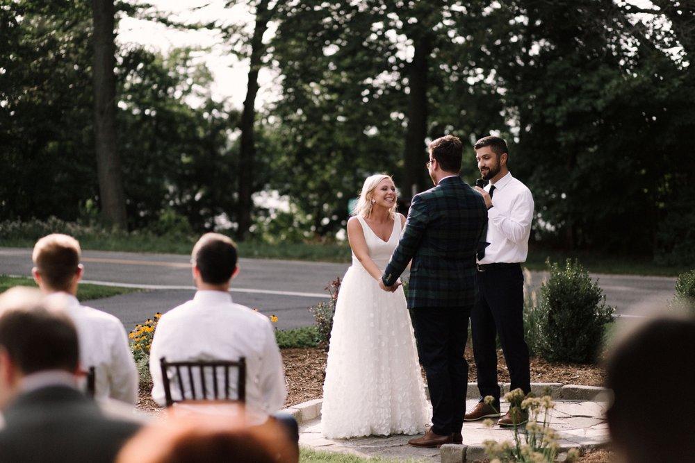 Michigan Frontyard Lake Wedding - Lauren Crawford Photography-584.jpg