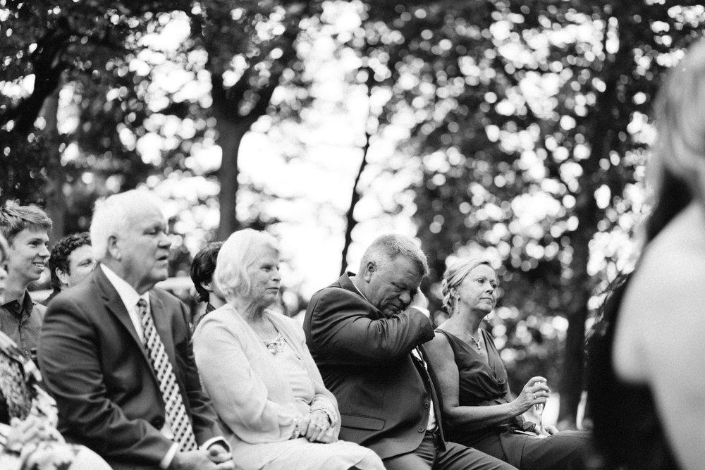 Michigan Frontyard Lake Wedding - Lauren Crawford Photography-613.jpg