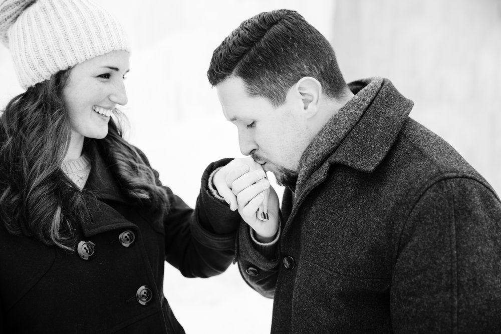 Photographybyamandamorgan_newhampshireengagement_engaged_engagementsession_february2016-07.jpg