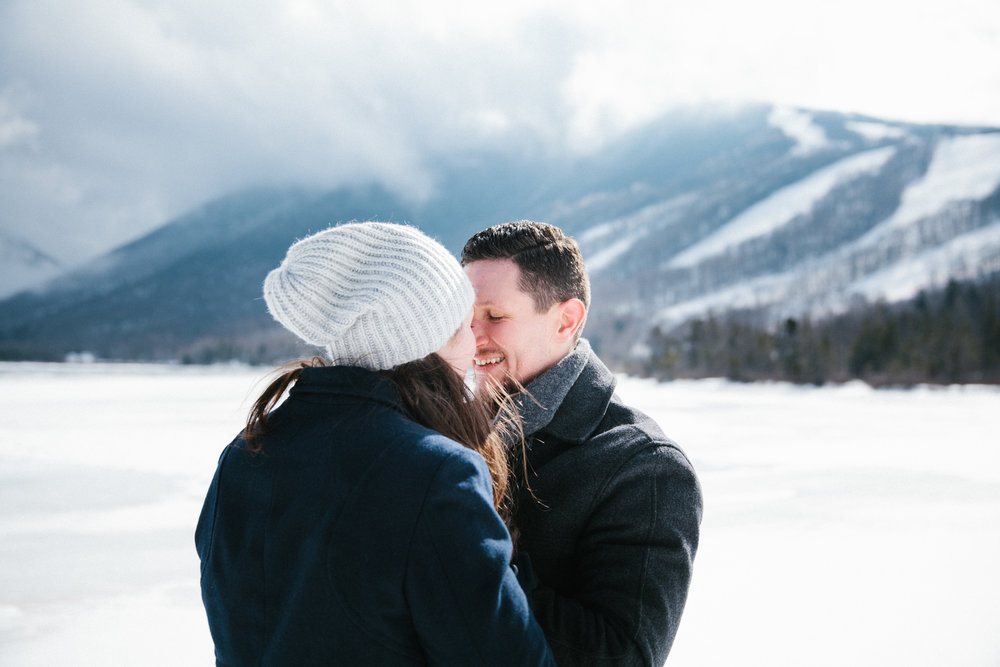 Photographybyamandamorgan_newhampshireengagement_engaged_engagementsession_february2016-15.jpg