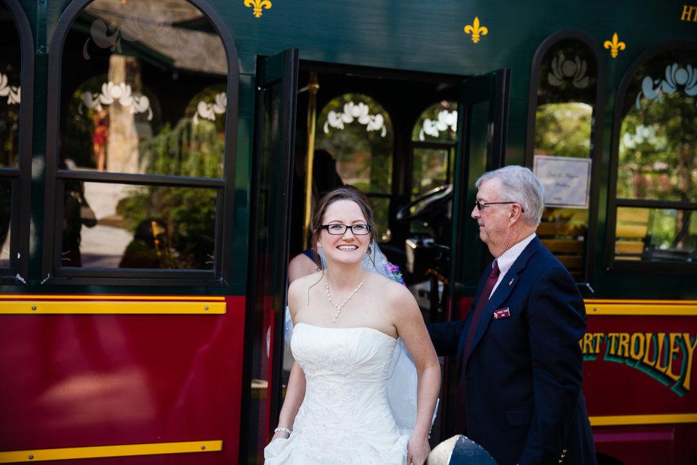 Eastons-Beach-Rotunda-Ballroom-Wedding-Newport-Rhode-Island-PhotographybyAmandaMorgan-28.jpg