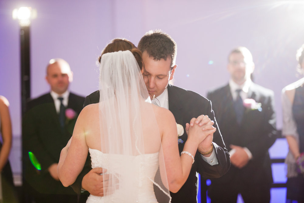Eastons-Beach-Rotunda-Ballroom-Wedding-Newport-Rhode-Island-PhotographybyAmandaMorgan-101.jpg