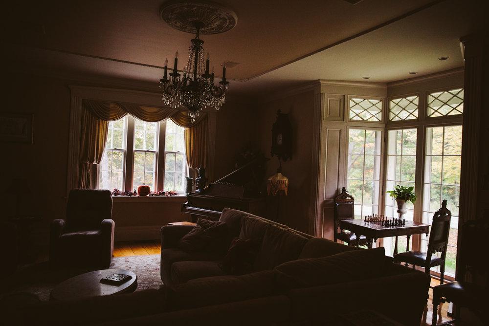 Glimmerstone-Mansion-Vermont-Wedding-Photography-Amanda-Morgan-6.jpg