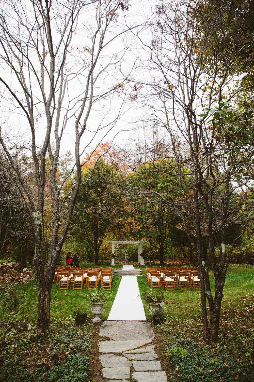 Glimmerstone-Mansion-Vermont-Wedding-Photography-Amanda-Morgan-43.jpg