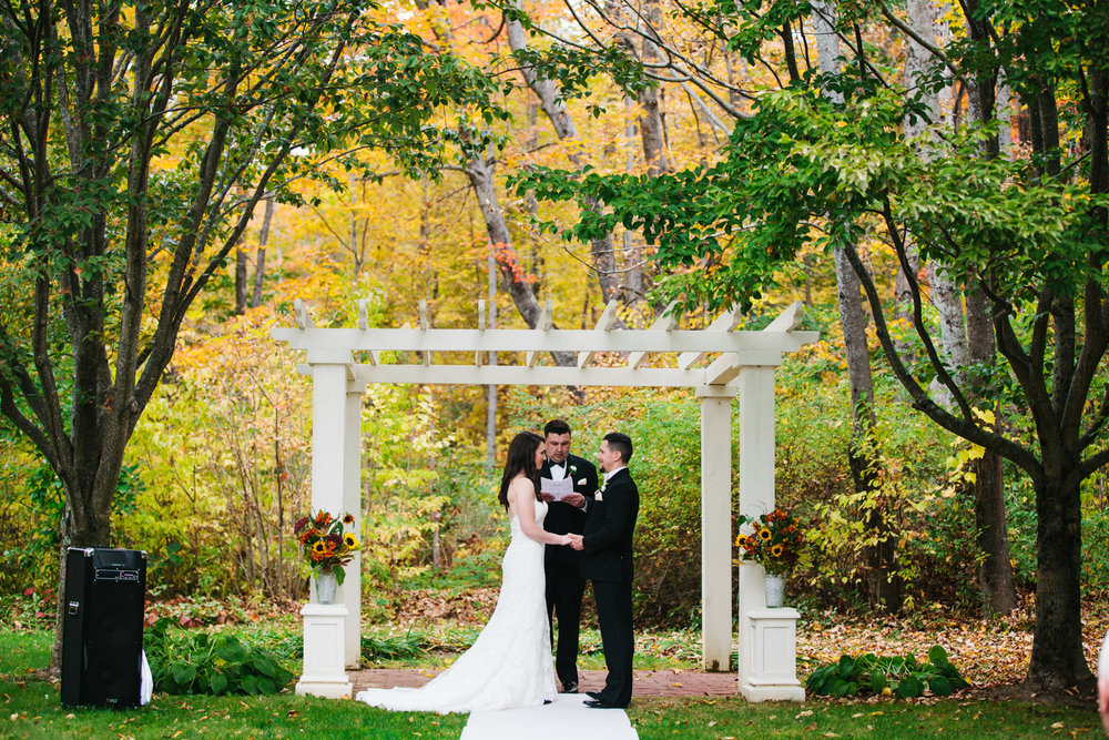 Glimmerstone-Mansion-Vermont-Wedding-Photography-Amanda-Morgan-62.jpg