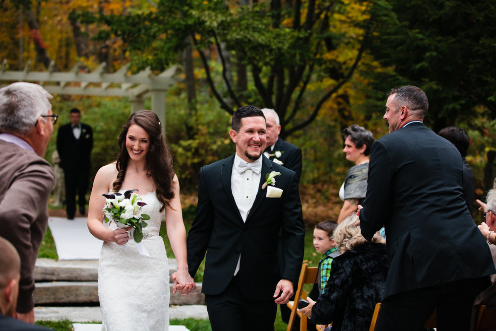 Glimmerstone-Mansion-Vermont-Wedding-Photography-Amanda-Morgan-70.jpg