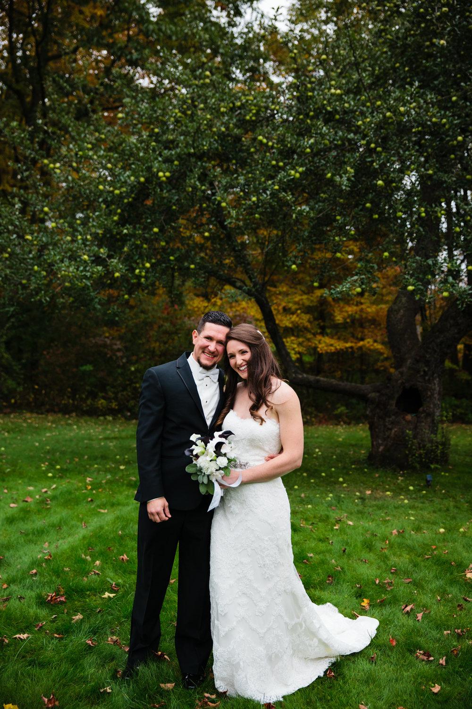 Glimmerstone-Mansion-Vermont-Wedding-Photography-Amanda-Morgan-71.jpg