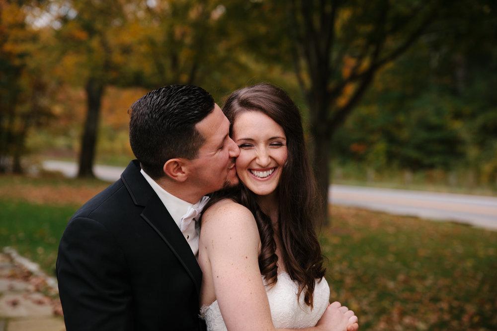 Glimmerstone-Mansion-Vermont-Wedding-Photography-Amanda-Morgan-78.jpg