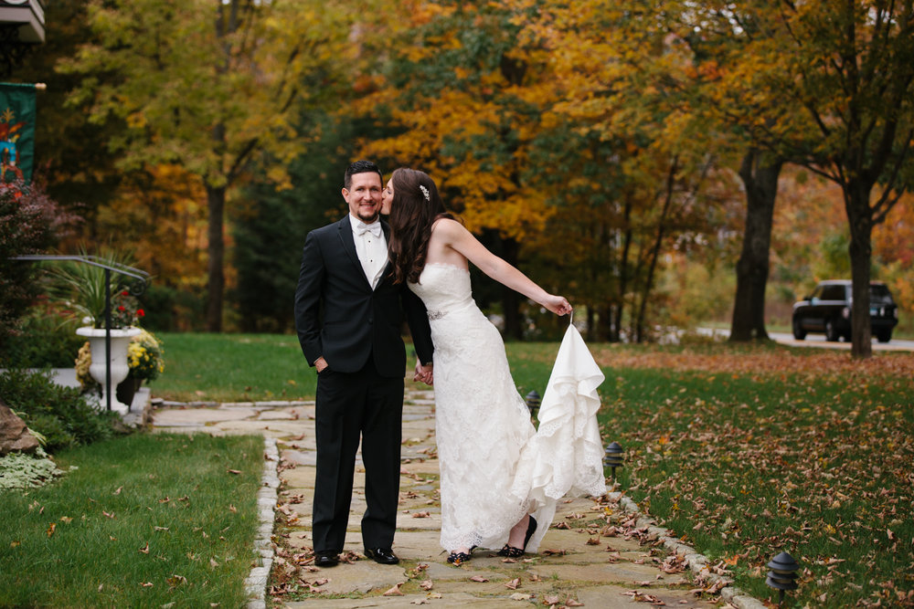 Glimmerstone-Mansion-Vermont-Wedding-Photography-Amanda-Morgan-77.jpg