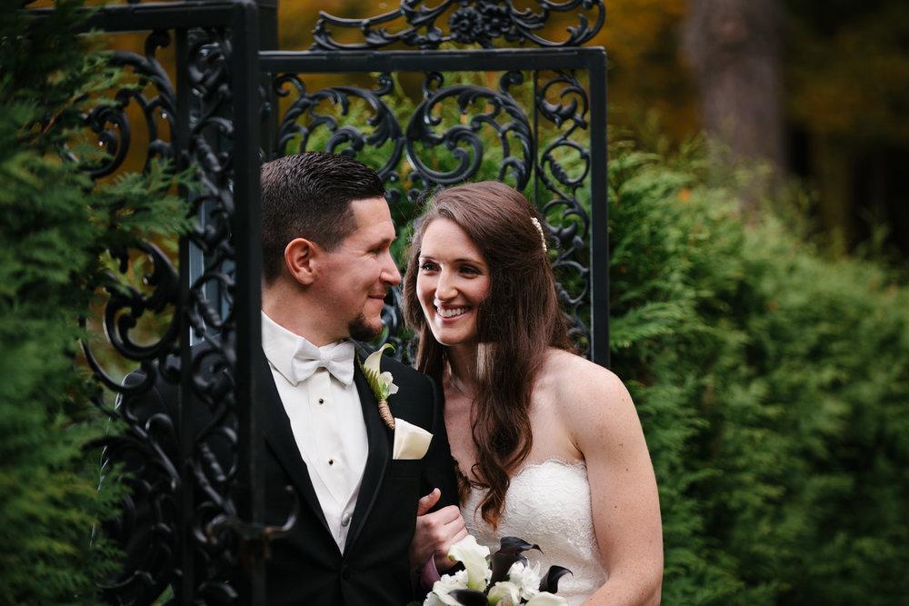 Glimmerstone-Mansion-Vermont-Wedding-Photography-Amanda-Morgan-79.jpg